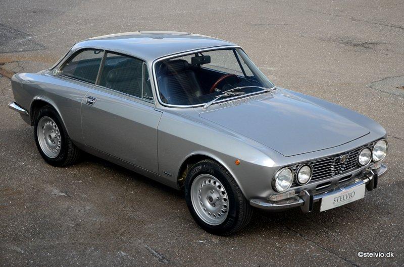 Alfa Romeo 2000 GT Veloce - 1973